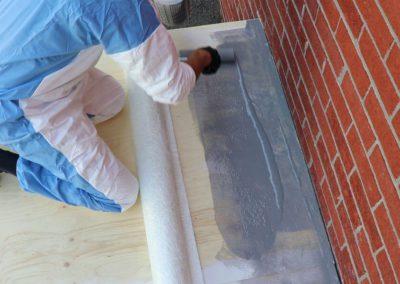 Appliquer la résine au rouleau a peinture - Plasto